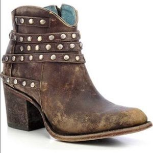 Corral Cowgirl Ankle Booties